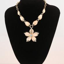 2015 beauty opal flower CZ diamond pendant fashion necklace