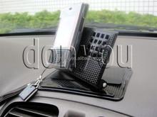 Factory car holder for mobile phone