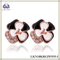 Korean Style Black And Wihte Petal Flower Earrings With Clear Stone Design Charm Earring Jewelry