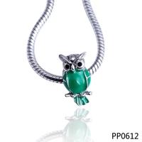 Wholesale custom green enamel animal owl shape silver color plated metal alloy charm beads