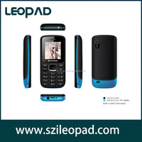 1.77 inch very small mini mobile phone quad band dual sim cheap mobile phone with vibration FM bluetooth