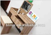 simple style modern dressing table with mirror