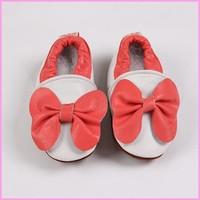 2014 beautiful design china supplier funny cartoon hello kitty baby shoes