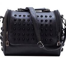 Ladies studded handbag fashion handbag wholesale in China handbag skulls shoulder bag SY6425