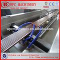 wpc wpc ماكينة خط إنتاج البلاستيك والماكينات