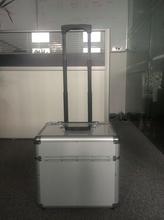 Aluminium Trolley Suitcase for Wine , Customized Wine Trolley Luggage