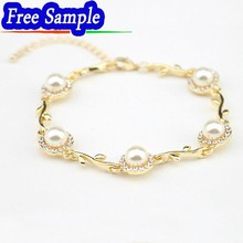 Fashion Leisure Style The Girl Alloy Delicate Pearl Bracelet