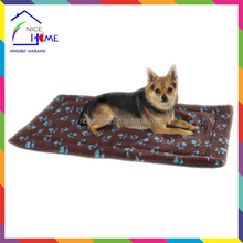 Hot sell new pawprint self thermal pet mat