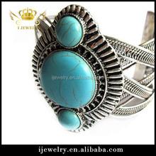2015 fashion big turquoise diamond silver bangle bracelet arm cuff