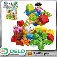hecho en china el más vendido caja de construcción creativa juguete de plástico ladrillos grandes con figura y animal DE0083019
