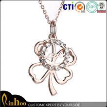 new design fashion European style four leaf clover rhinestone alloy necklace for your lover