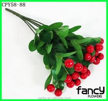 Newly arrived 8 branches plastic red berries decorative fake berries for sale high quality artificial berries