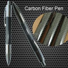 Alta calidad bolígrafo de latón y Material de fibra de carbono estándar tamaño con la insignia de encargo y de color para marca bolígrafo de la pluma