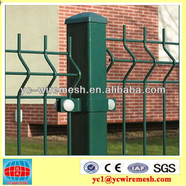 Norme internationale clôture en grillage( autoroute, ferrées,, construction, etc)
