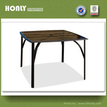 Outdoor aluminium with glass table