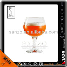 short stem red wine glass with silver rim