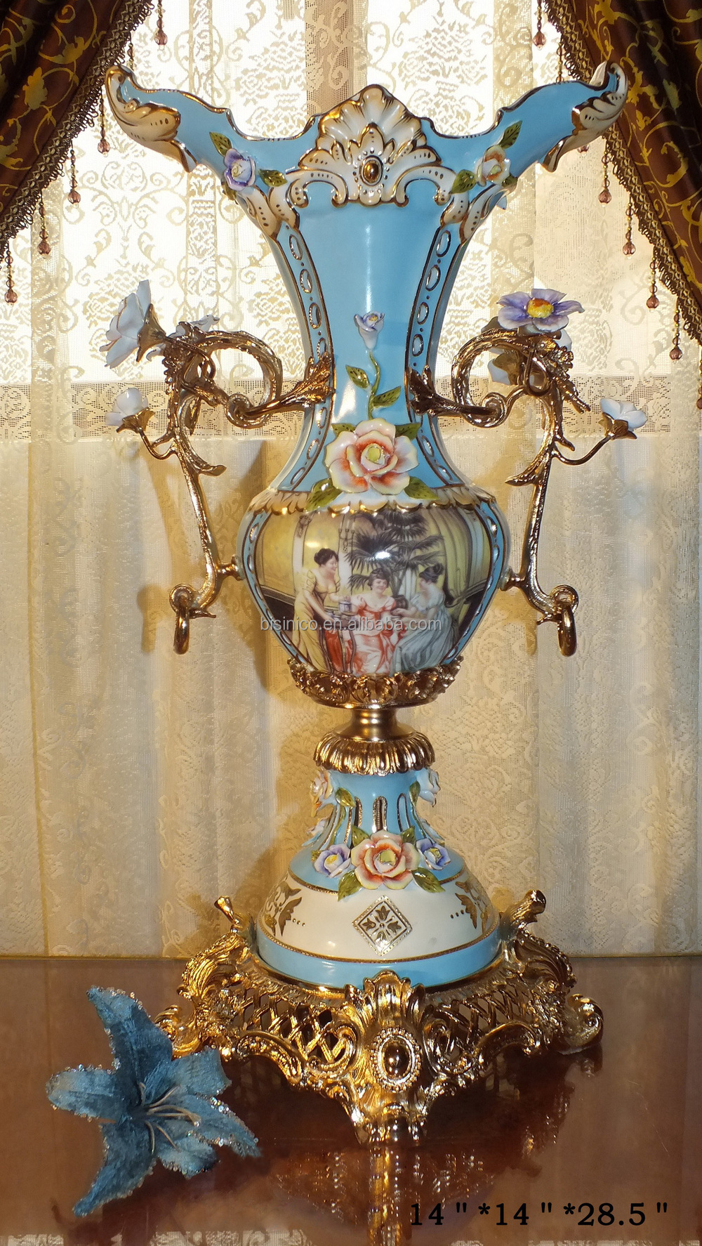 Luxury baroque porcelain large vase porcelian sevres large for Antique furniture and decoration accessories