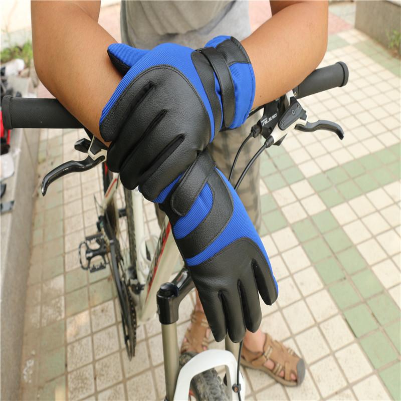 Sport Gloves16.jpg