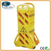 China Factory Yellow Portable Plastic Folding Safety Retractable Fencing