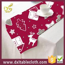 2015 modern design Wholesale printed plastic christmas table runner