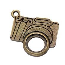 2015 fashion bronze hidden camera pendant
