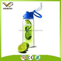 BPA free tritan plastic fruit infuser sport water bottle with flip lid