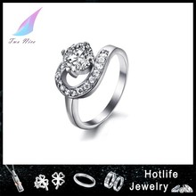 2015 hot sale with shiny CZ stone elegant models ring for women