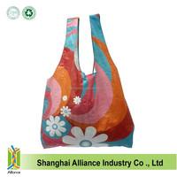 Wholesale Nice Design Flower Printing T Shirt Shape Polyester Foldable Shopping Bag