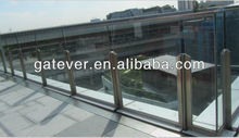 Glass railing balustrade