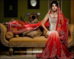 red bridal wear dresses