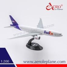Fedex B777 1/200 Plastic Air Plane Model