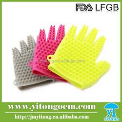 Eco-friendly silicone bathing glove/ dog washing glove with message brushes