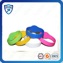 hot sell HF ISO 15693 ISO 14443 logo printing soft silicon rfid wristband
