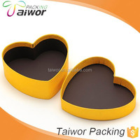 Fancy Paper Heart Shape Top and Bottom Thanksgiving Candy box