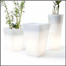 Modern new arrival garden furniture led flashing flowerpot