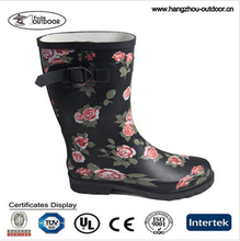 Ladies Wellington Rose Rubber Rain Boots