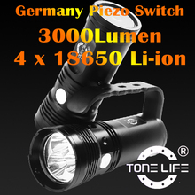 Rechargeable LED Crank Flashlight with 3000lumens Diving LED Light/Torch