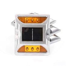 2015New arrival waterproof aluminum solar LED cat eye road stud