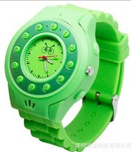 manufacuture high quality waterproof durable rubber gps tracker watch for kids