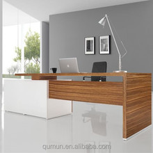 good looking and convinent furniture office executive desk and manager desk