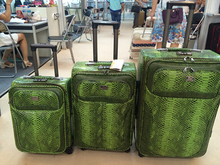 New design fashionable high quality crocodile leather rolling suitcase luggage gold