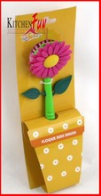302368 flower shaped plastic pan brush