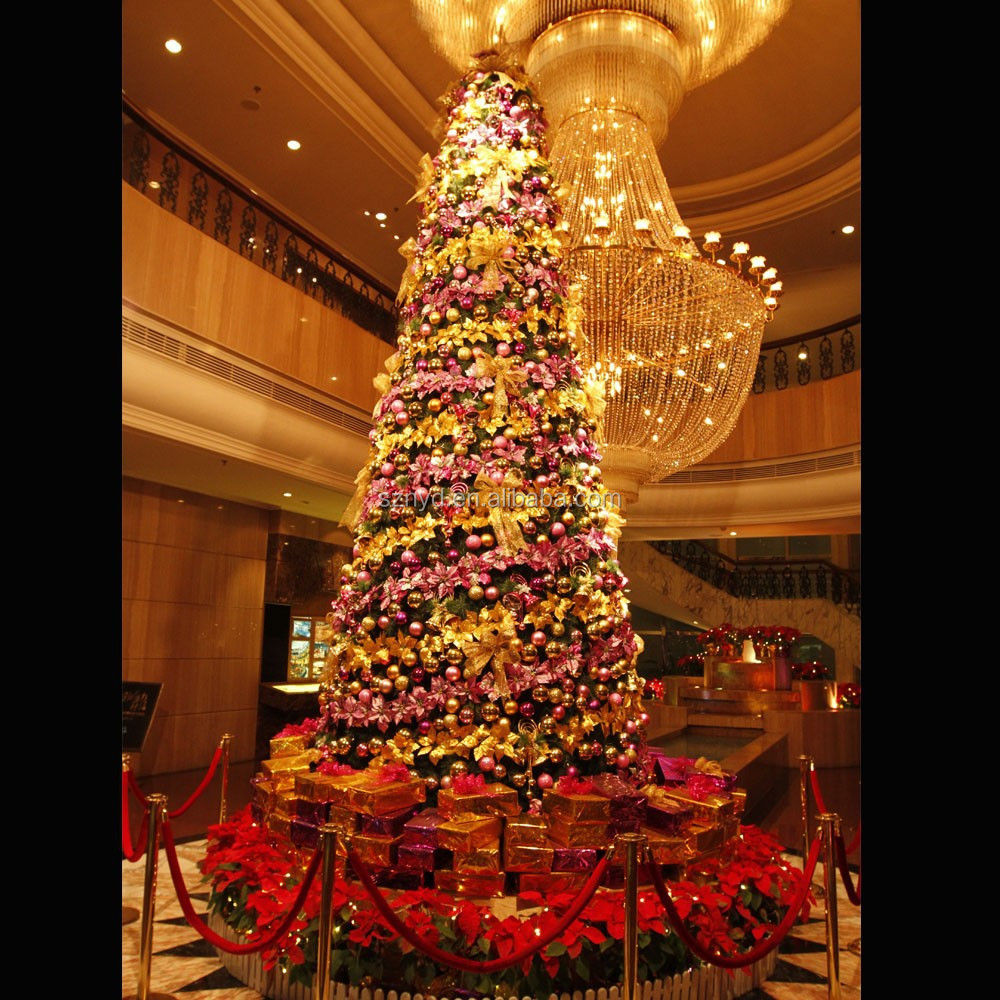 Large artificial lighted indoor christmas tree decoration for Indoor xmas decorating ideas