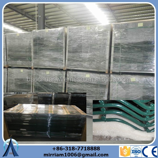 Double rod Wire Mesh Fence packing.jpg