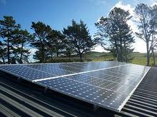 5KW solar system off grid hybrid solar wind power system suntech power solar panel