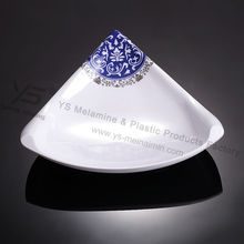 unbreakable plastic tableware blue and white triangle plates