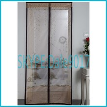 Ventilated mid-open and auto-closed insects off mesh door