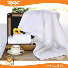 Fingertip Towels Wholesale Cheap White Cotton-Polyester Hotel Hand towel