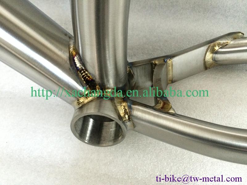 Titanium fat bike frame2.jpg