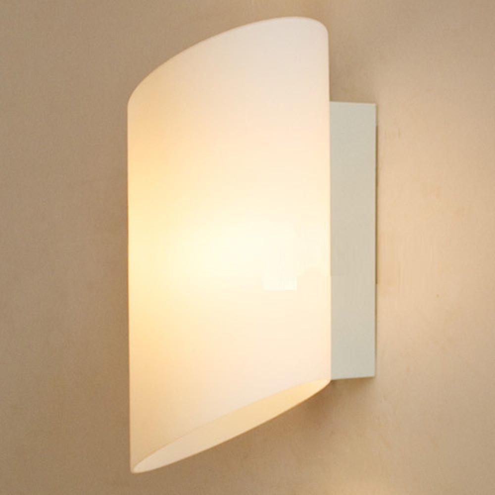 Residential lighting wall mount led light